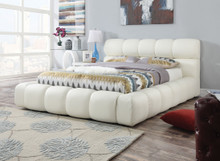 Acacia modern Ivory Leatherette Platform Bed | ACME Furniture 25050