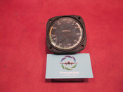 Cessna B&D Instruments Airspeed Indicator PN C661040-0201, 735260-0201