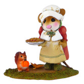 Wee Forest Folk Miniature - Wee Pumpkin and Pie (M-496)