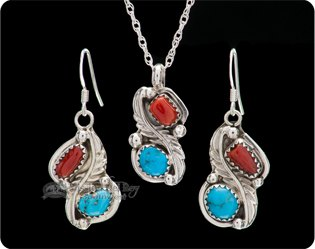 Native American Pendants & Necklaces