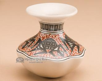 Mata Ortiz pottery vase.