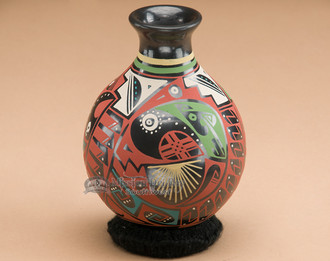 Unique Mata Ortiz pottery vase.