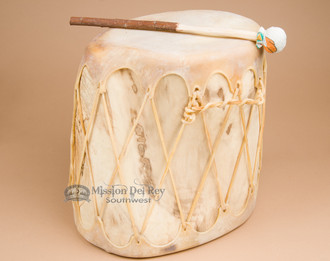 Trunk drum with light leather lacing