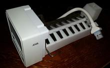SUB ZERO  ICE MAKER Model No IMBD04-12  7002740   NEW  OEM