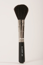 Earth's Beauty Dome-tipped Blush Brush