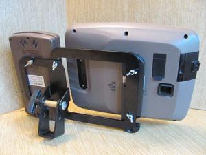 quick-attach-monitor-bracket-for-john-deere-dual-display-gps-screen-back.jpg