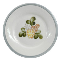 "8"" Rimmed Plate in Country Flower"