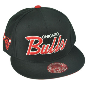 NBA Mitchell Ness G023 Chicago Bulls Fitted Flat Bill Script Hat Cap