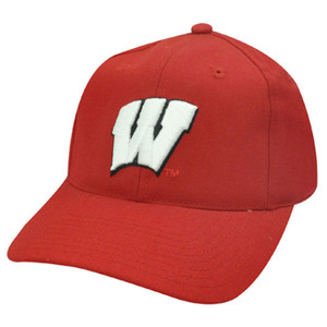 NCAA FITTED CAP HAT SIZE 7 WISCONSIN BADGERS RED WOOL