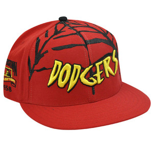 LA DODGERS FLAT BILL FITTED HAT SPIDERMAN RED WEB 7 1/4