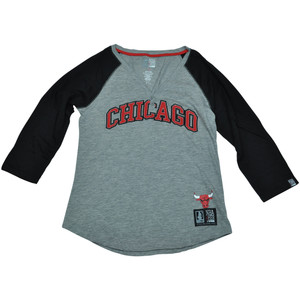 Chicago Bulls Unk NBA Half Sleeve Tee Button Vneck Shirt Women Ladies