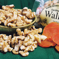 2017-2018   Walnuts (8 lbs. Bulk) Naturally Grown