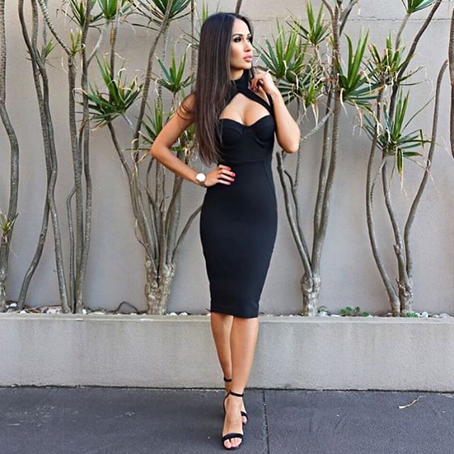 halter-sweetheart-midi-bandage-dress-black-dream-it-wear-it.jpg