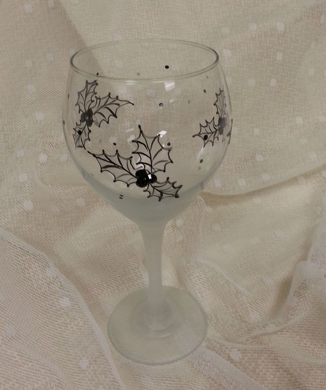 Frosted Holly Wine Glasses E-Packet - Wendy Fahey