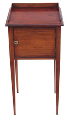 Antique quality Victorian mahogany 19th C bedside cupboard table cabinet