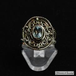 Blue topaz ring - 049