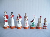 Snow White and the 8 Dwarfs Chess Pieces