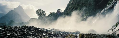 Bowen Falls, Fiordland