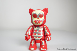 Toygodd X-Ray Cat Red Qee Series 4 UK Front