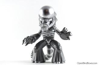 Metallic Xenomorph Alien Funko Sci-Fi Mystery Minis Front