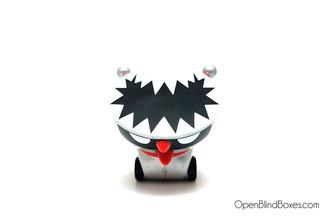 Tetsu Killer Shake-A-Tongue Mad Barbarians Kidrobot Front