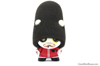 Queen's Guard Mcfaul Dunny Ye Olde English Kidrobot