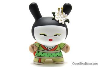 Geisha Limon Green Huck Gee Gold Life Dunny Kidrobot Front