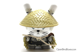 Golden Claw Cat Gold LIfe Dunny Huck Gee Kidrobot Front