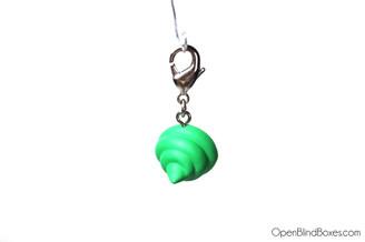 Green Poop Miunnyworld Zipper Pull Kidrobot
