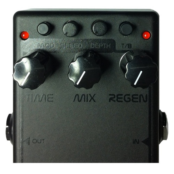 Time – Turn this knob clockwise to set your delay time from 6-650 milliseconds. Mix – Adjusts the output level of your delayed signal. Regen – Sets the amount of delay regeneration (repeats). Modulation LED – Indicates modulation effect is applied to your delayed signal and LED flashes the modulation speed. Mod Button – Press this button to engage or disengage the Modulation effect. Speed – Adjusts the speed of the Modulation effect. Turning clockwise increases the speed. Depth – Adjusts the depth of the Modulation effect. Turning clockwise increases the depth. T/B button – The bypass circuit is only active when the effect is off. You can set your EKKO 616 to buffered bypass (button down, LED lit) or true bypass (button up, LED off). True bypass affects the gain of your pedal. Buffered Bypass LED – Indicates the buffered bypass is engaged (LED on). If you have the buffered bypass circuit on and the LED goes out when you engage the effect, the pedal is working correctly.