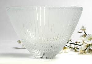Penelope wurr_seagrass bowl _large_ clear and white _sandblasted
