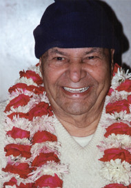 In this beautiful Satsang Papaji talks about three methods for experiencing the inner flame that is always shining in one's heart. He also speaks about the price for total freedom and, in a very funny and moving exchange, guides a devotee through the quagmire of attachments to the experience of peace. He ends this Satsang with a profound teaching on the removal of fear.