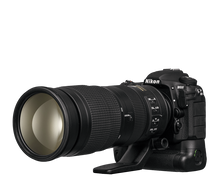 Nikon D500 DSLR Camera Sports and Wildlife Kit (NIK13518)