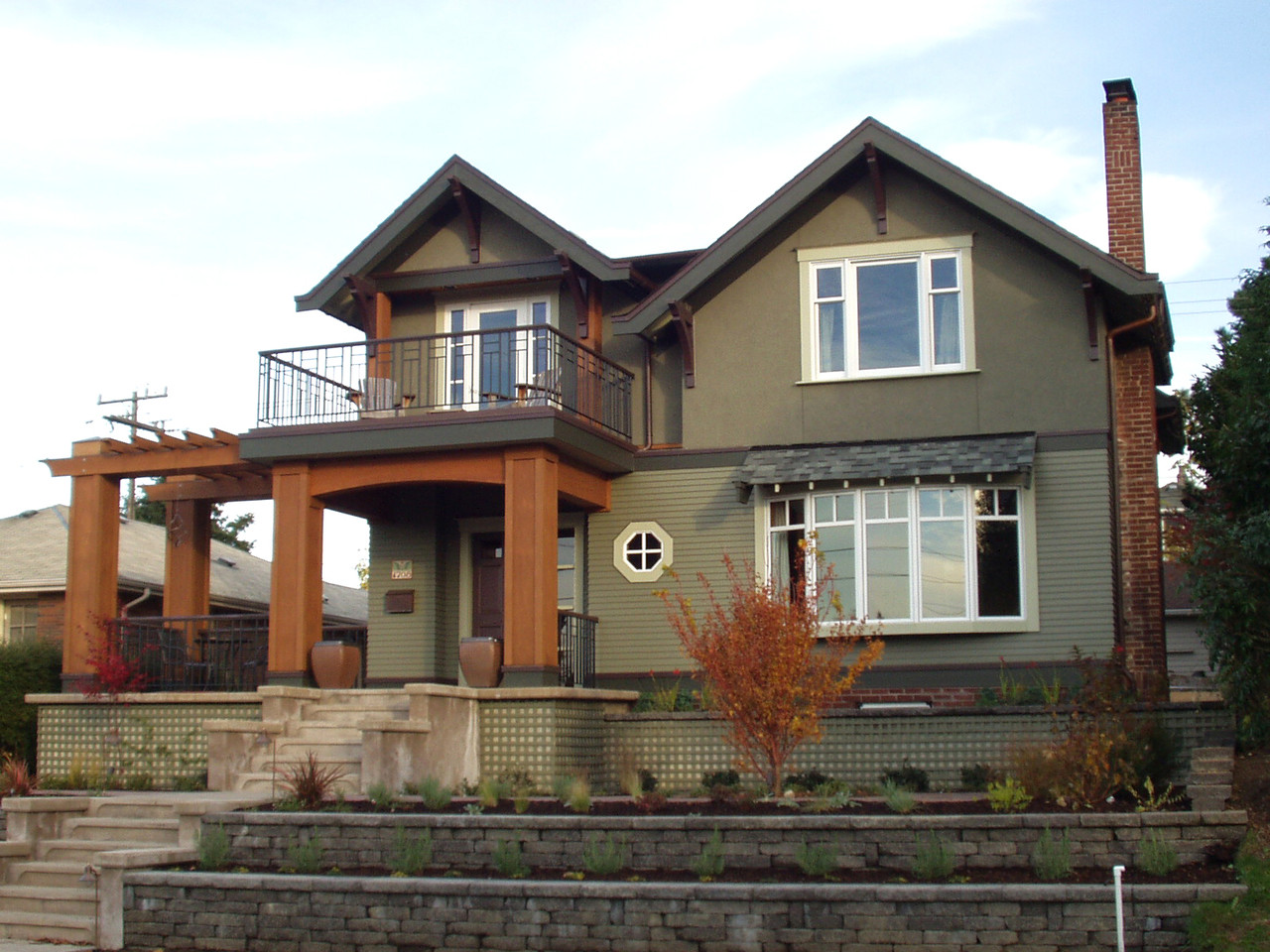 Craftsman Double Gable Color In Space