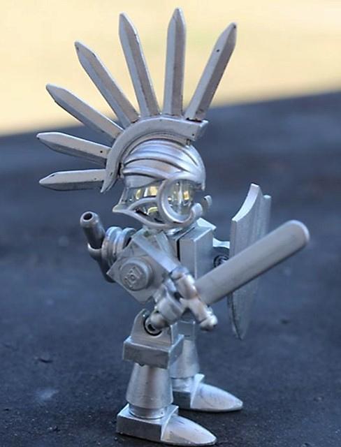 Custom LEGO Accessory Spotlight - Bladed Helmet
