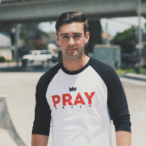 PRAY Daily - Baseball Tee