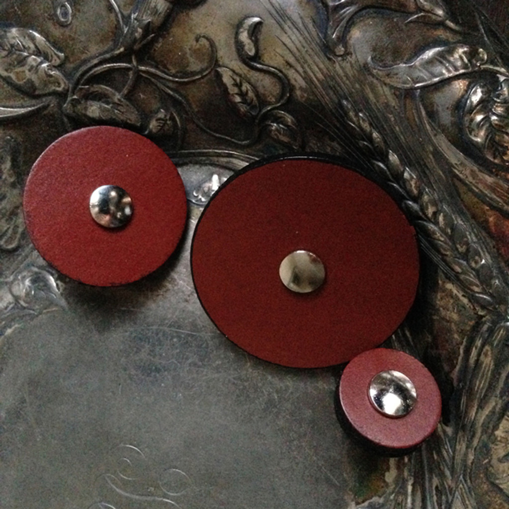 Chestnut Leather Pedestal Buttons All Sizes