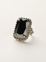 **SPECIAL ORDER**  MIDNIGHT MOON  CRYSTAL RING BY SORRELLI~RBT69ASMMO