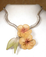 SARAH CAVENDER FLORAL NECKLACE~22188S