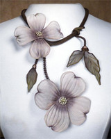 SARAH CAVENDER FLORAL NECKLACE~22164
