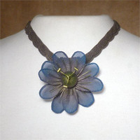 SARAH CAVENDER FLORAL NECKLACE~22168