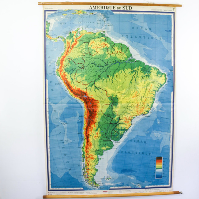 Vintage Pull Down Map XXL, South America