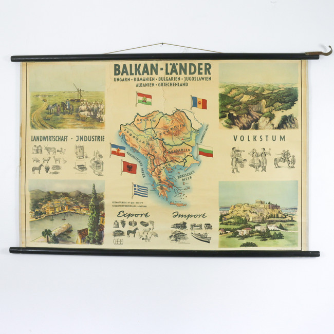 Copy of Vintage Pull Down School Chart, France