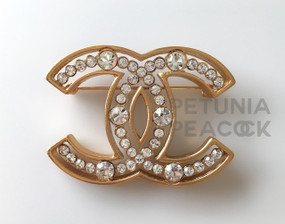 CHANEL CRYSTAL CC LOGO BROOCH