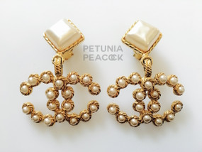 CHANEL CHAMPAGNE PEARL CC LOGO EARRINGS