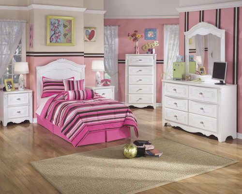 Exquisite Two Drawer Night Stand: White
