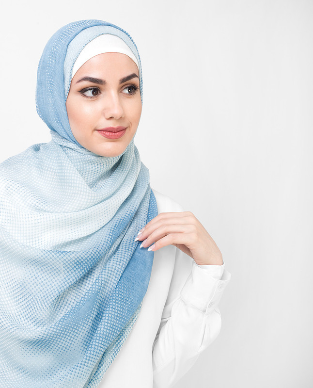 Teresa Print White and Blue Pixel Print Viscose Hijab