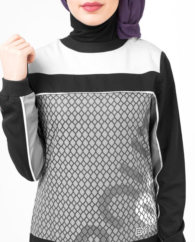 Relaxed fit black abaya jilbab
