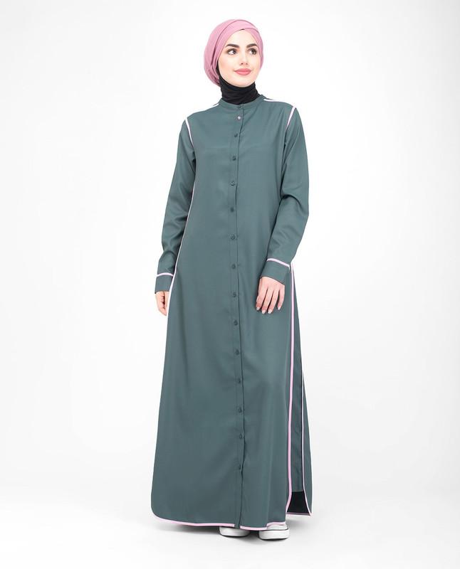 Fully buttoned abaya jilbab