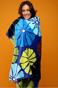 Cotton terry beach towel in Umbrella Flower Blue